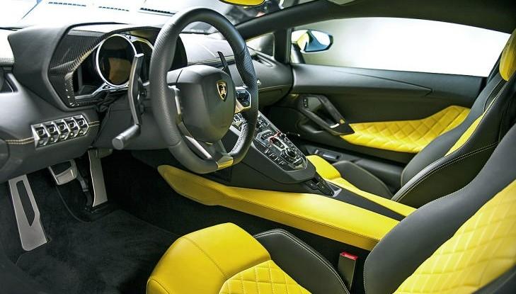 Lamborghini-Aventador7