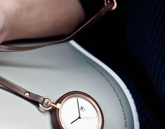 mmt-pocket-watch