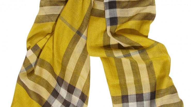 checked-burberry-scarf