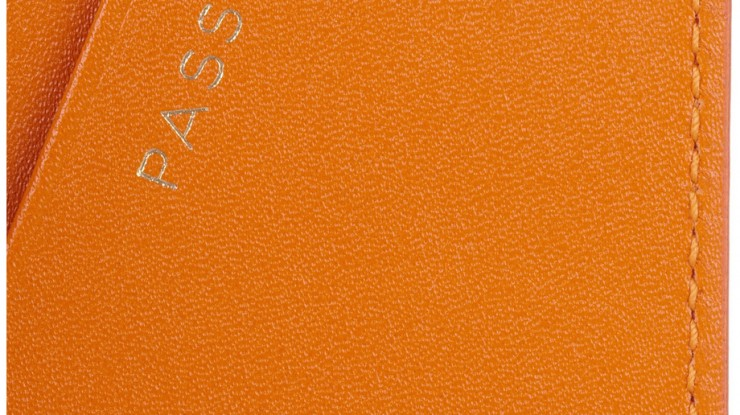 smythson-passport-coverage3