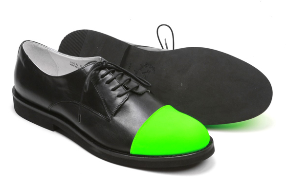green-toe-shoes2