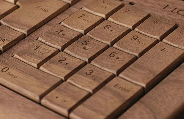 wooden-keyboard1