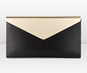 charlize-jimmy-choo-clutch6